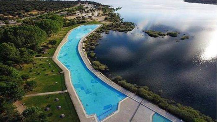 ¡¡¡Enhorabuena, más espacios para disfrutar este verano en Madrid!!! Área Recreativa de Riosequillo El Ayuntamiento de Buitrago del Lozoya en Sierra Norte Madrid, dió apertura al Área Recreativa de Riosequillo, el pasado 28 julio. Esta área dispone de una de las piscinas más grandes de la Comunidad, con una superficie de 4.500 metros cuadrados y [&hellip