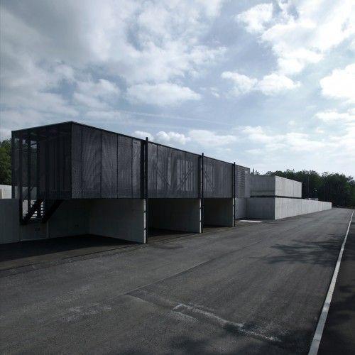 Metal Recycling Plant / Dekleva Gregoric arhitekti http://www.metalrecyclers-brisbane.com.au/