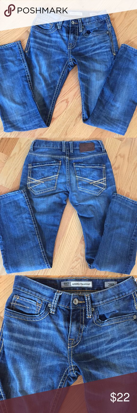 BKE Aiden straight cut jeans BKE Straight cut jeans. Size 28 regular. Has cute stitching on the back pockets. Very slenderizing. No holes or stains. Please ask any questions. BKE Pants Straight Leg