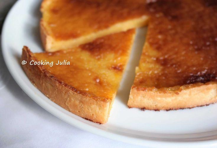 Quand on évoque la tarte au citron, on pense tout de suite à la version meringuée à base de lemon curd. Mais l'autre recette, celle dont la ...