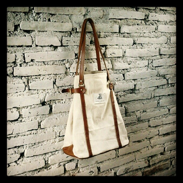 #affairsyk #goestothebeach2012 #totebag #canvas #leathercraft #unisex @affairsyk - @affairsyk- #webstagram