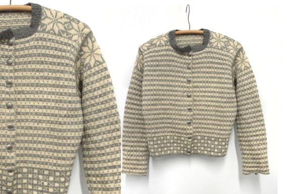 Vintage Handknit Norwegian Cardigan. #wool #norwegian #cardigan #handknit $95