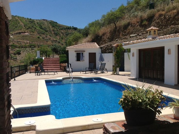"Rural Spanish country house ""cortijo"" with own pool, BBQ, satellite TV, air conditioning and wi-fi internet - owned by Guillem Balague of Sky Sports UK!"