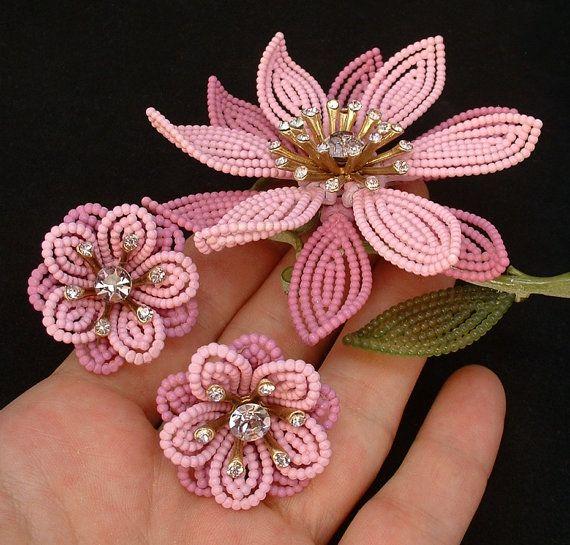SIgned LISNER Vintage Flower BROOCH EARRINGS Rhinestone Enamel Beaded Open-work c.1950s