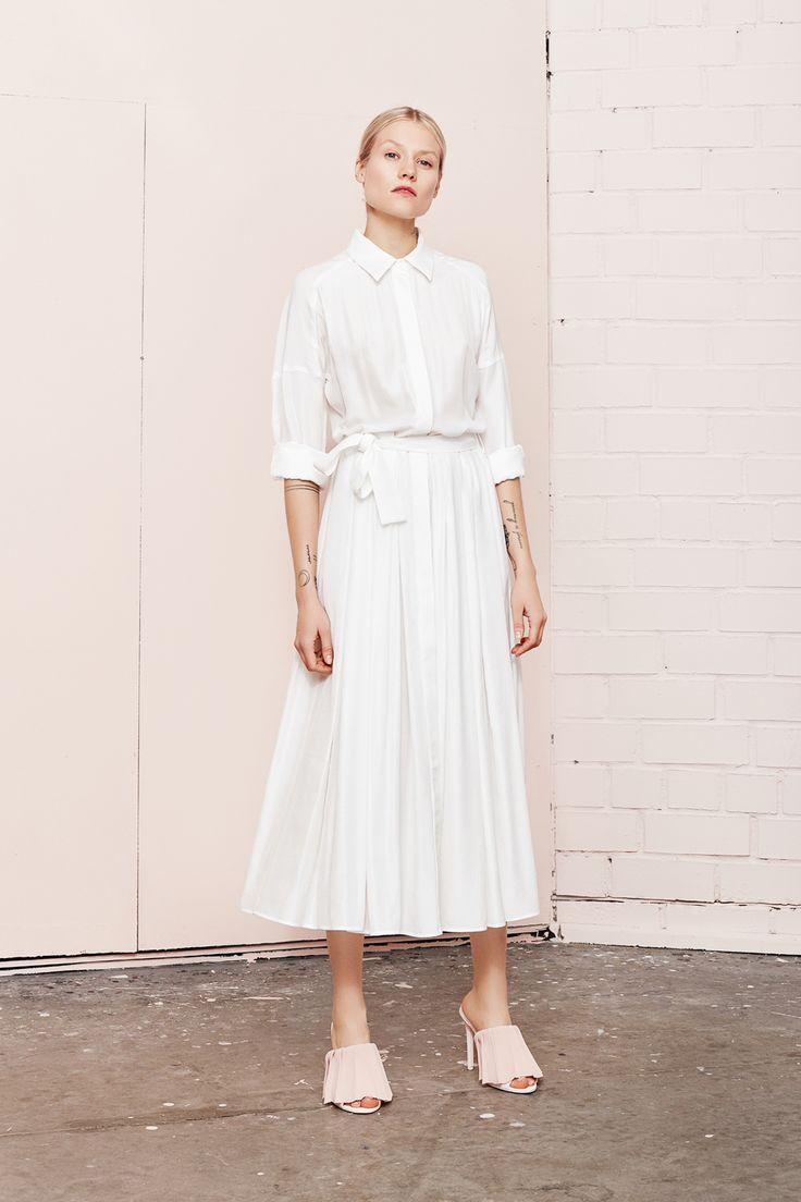 DYSANIA white shirt dress  UNDRESS SS17 collection  www.iwearundress.com