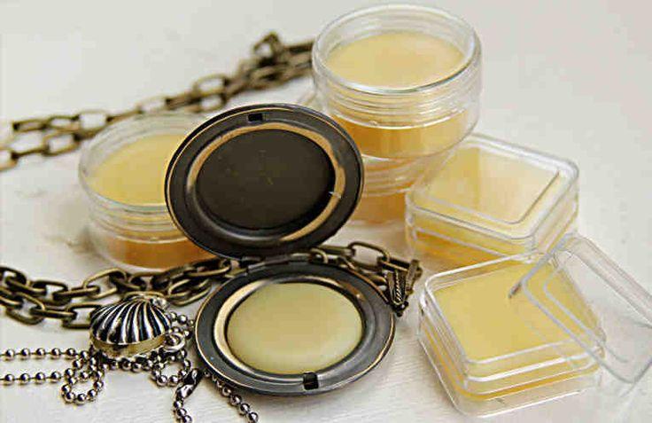 Huele delicioso todo el día gracias a este perfume sólido que puedes hacer con tus propias manos