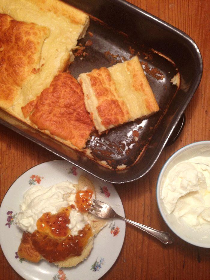 MAHTAVA! Der Finnische Food & Design Blog: Suomalainen keittiö: Pannukakku ( Ofenpfannkuchen )