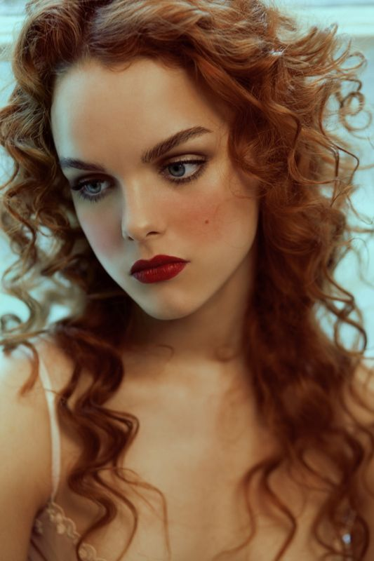 hair style curls 555 best images about hair envy on hair 1324 | d3beb51566d561d579d49d1324c09c28 beautiful hairstyles red heads