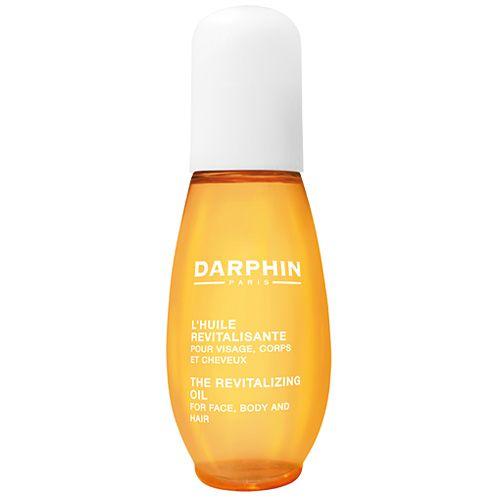 Восстанавливающее масло для лица, тела и волос  Darphin Лаборатория Darphin в очередной раз демонстрирует искусство создания формул и сочетания тщательно подобранных растительных и эфирных масел. ВОССТАНАВЛИВАЮЩЕЕ МАСЛО для лица, тела и волос состоит на 98% из компонентов натурального происхождения. Это высокоэффективное средство 3-в-1 обеспечивает видимый результат и дарит истинное удовольствие. Лицо, тело и волосы выглядят увлажненными, восстановленными и сияют.