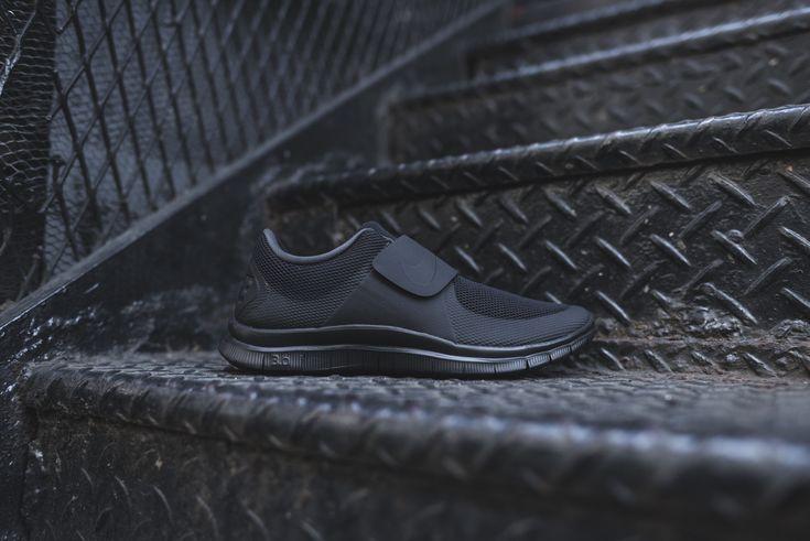 Nike Free Socfly Black