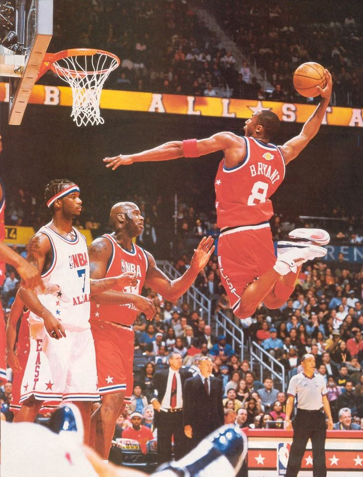 Kobe Bryant wearing the True Blue Air Jordan Retro 3