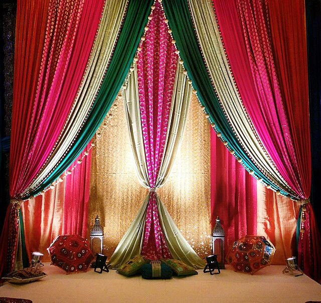 17 best ideas about wedding wall decorations on pinterest for Background decoration for indian wedding