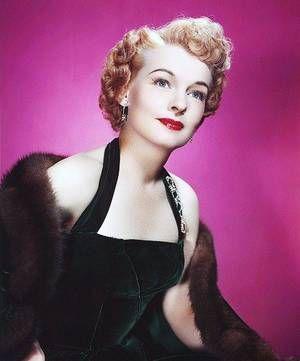 ruth hussey   Ruth HUSSEY est une actrice américaine née le 30 octobre 1911 et ...