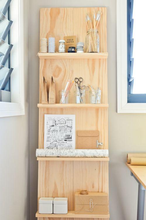 I think my desk at work needs this ... #DIY #bookshelf #simplebutpretty