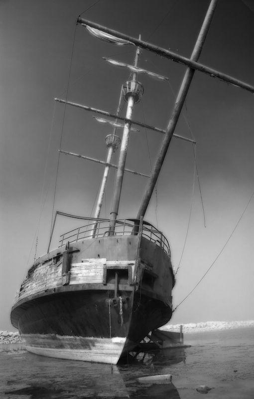 VINELAND GHOST SHIP BY JOHN BARTOSIK