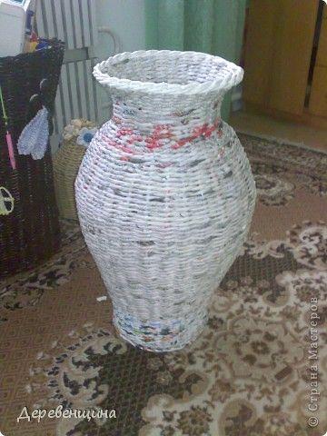 Приходила подруга двадцать пятый  раз  и опять умоляла сделать ей вазу. С целью заработать  кофе и конфеты в будущем  я решила исполнить её желание. Заодно и вам МК подброшу. Итак, приготовились. Надо разные типы трубочек. Но, по порядку. фото 1