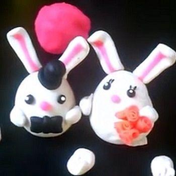 2 lapins adorables cr er en p te modeler modelage pinterest - Patte de lapin peinture ...