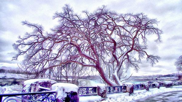 Winter In Niagara 2 Art Print by Leslie Montgomery.