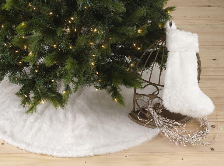 Saro Faux Fur Tree Skirt Design