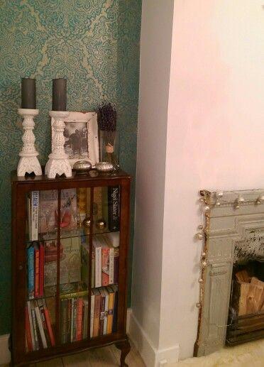 Dining Room Cabinet Shimmery Wallpaper