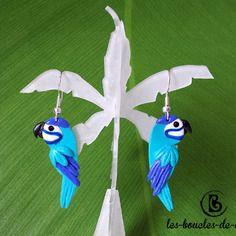 Boucles d'oreilles: perroquets aras bleus