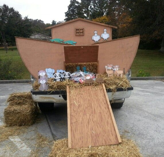 17 Best images about Trunk or Treat on Pinterest Glow, Fishers of - halloween decorations for your car