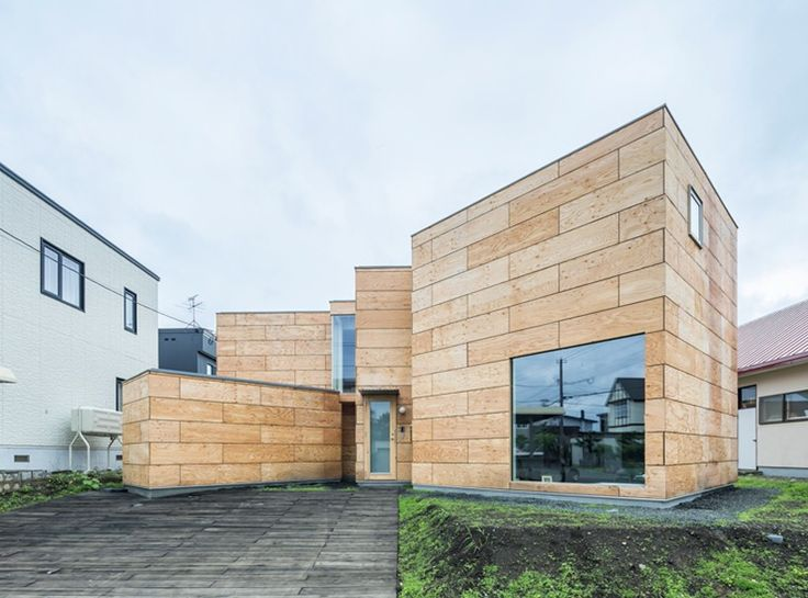 Jun Igarashi Organizes Artist Studio Home Within Connected Wooden Blocks In  Japan