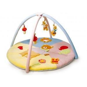 """Het #speelkleed """"Activity"""" bestaat uit lekkere zachte stof en mooi opgenaaide motieven. In de zon bevindt zich een spiegeltje en twee kleine beertjes zijn bevestigd aan de bogen zij maken kliene piepgeluidjes. Verder zit er een rateltje in de paddestoelen. #speelgoed"""