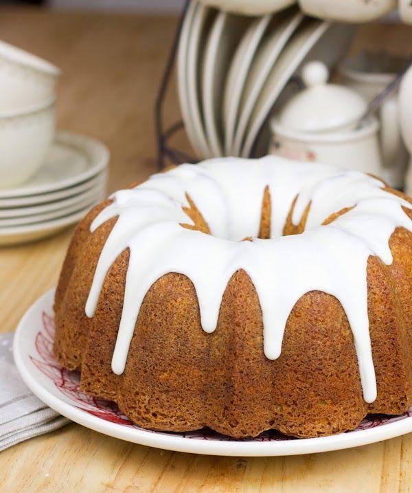 Objetivo: Cupcake Perfecto.: Bundt cake de limón . Hecho con aceite. Receta de glaseado
