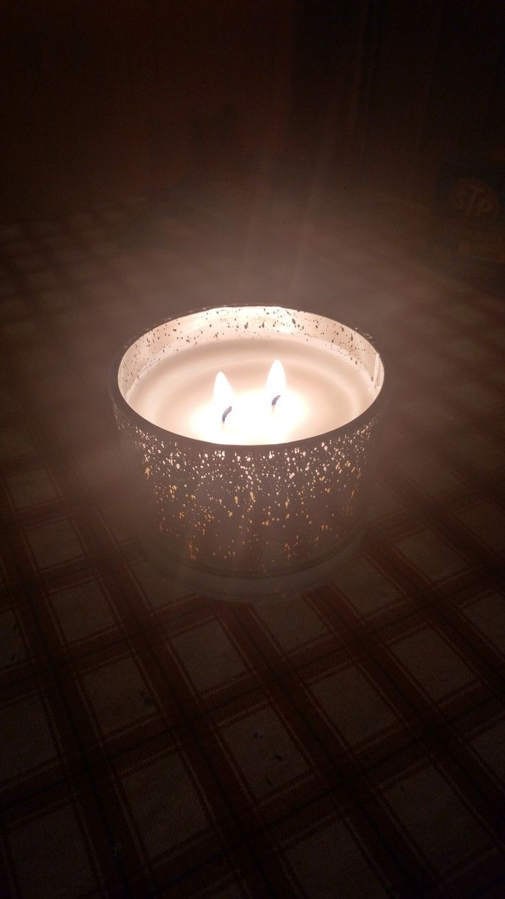Walk In The Woods Holiday Candle Made Of Soy And Essential Oils Has A