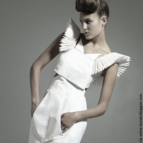 17 Best ideas about Origami Fashion on Pinterest | Draping ...