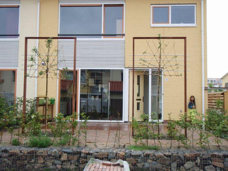 119 beste afbeeldingen over garden op pinterest buiten tegels zoeken en tuin - Moderne woning buiten lay outs ...