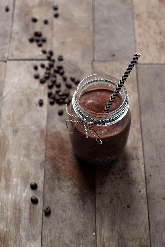 Chocolade avocado koffie smoothie