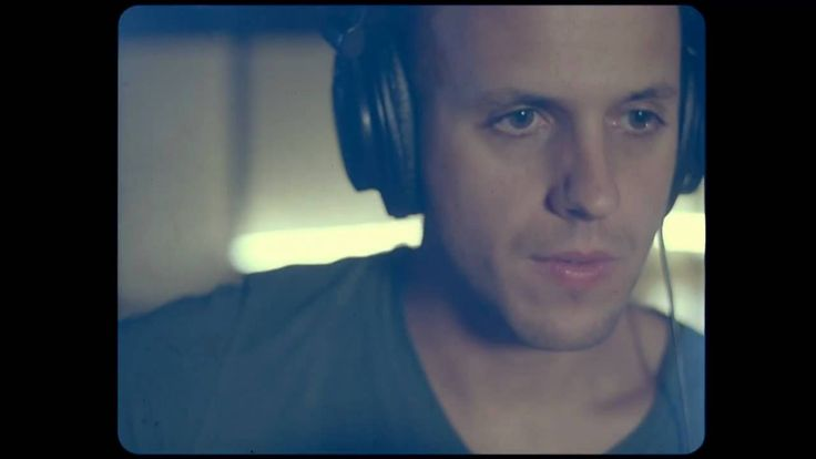 Milow & Marit Larsen - Out of My Hands (Official Music Video HD) http://www.youtube.com/watch?v=XxuqbP48wrw