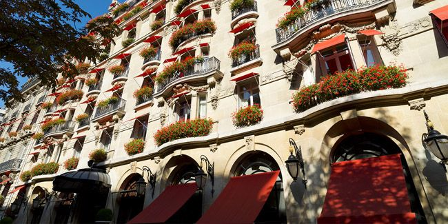 No8: The Royal Suite at Hotel Plaza Athenee