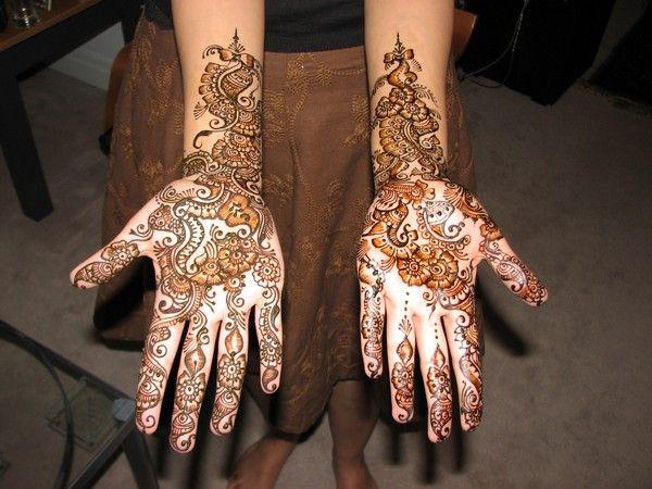 Amelia Mehndi Design For Young Girls
