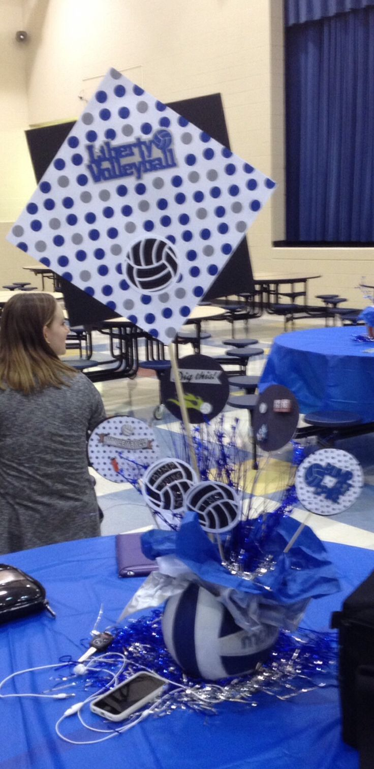 17 best images about volleyball party ideas on pinterest for Athletic banquet decoration ideas