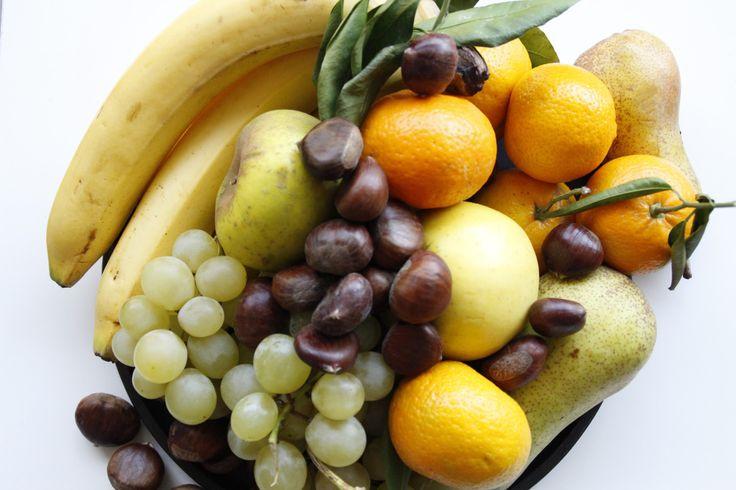vassoio con frutta , photo by Violeta Dyli