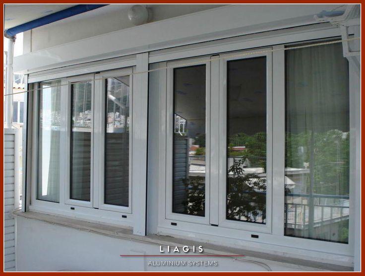 Ανοιγόμενα παράθυρα με πλαϊνά σταθερά