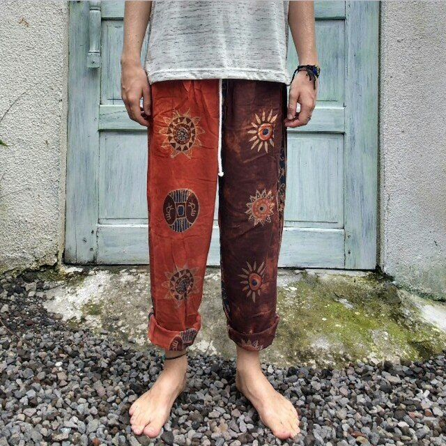 Selling these funky hippie hareem Thailand baggy UNISEX trousers, super unique design! Very cosy, in perfect condition as only been worn a couple of times! Size is free size due to the elastic pull cord waist band, selling for £16 inc p&p 🍄 #hippy #hareem #funky #boho #gringo #sun #moon #festival #blogger #topshop #baggy #retro #80s #psychedelic 🌵