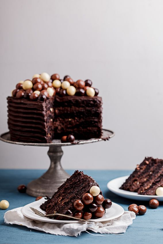 cake with chocolate fudge frosting | Recipe | Chocolate Coffee Cakes ...