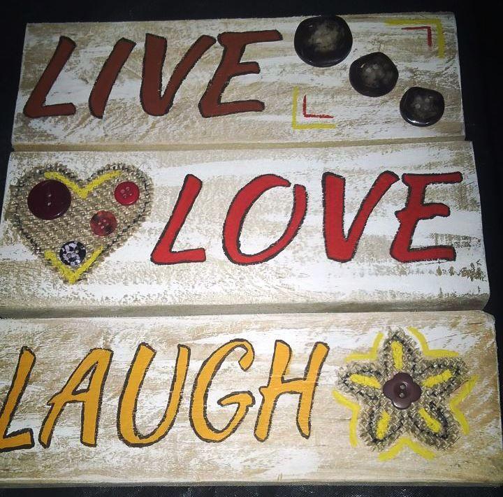 Live, Laugh, Love (20cm x 23cm) Small R90
