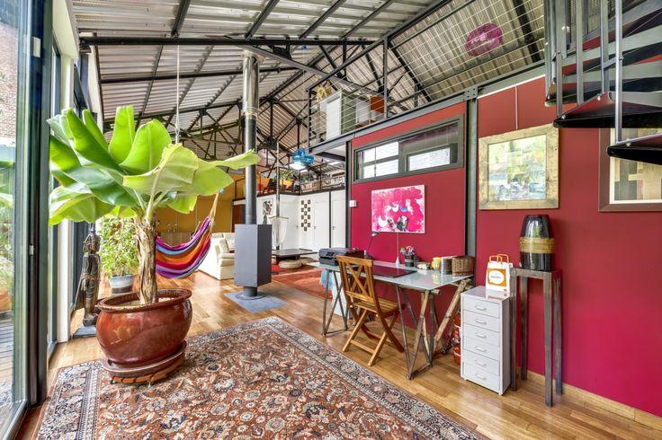 loft dans un ancien garage automobile roubaix loft loft garage et loft a vendre. Black Bedroom Furniture Sets. Home Design Ideas