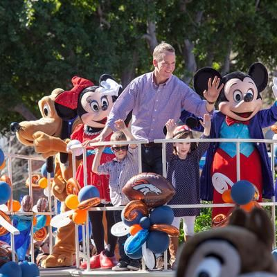 Hot: Peyton Manning and His Adorable Kids Celebrate Broncos Super Bowl Win in Disneyland
