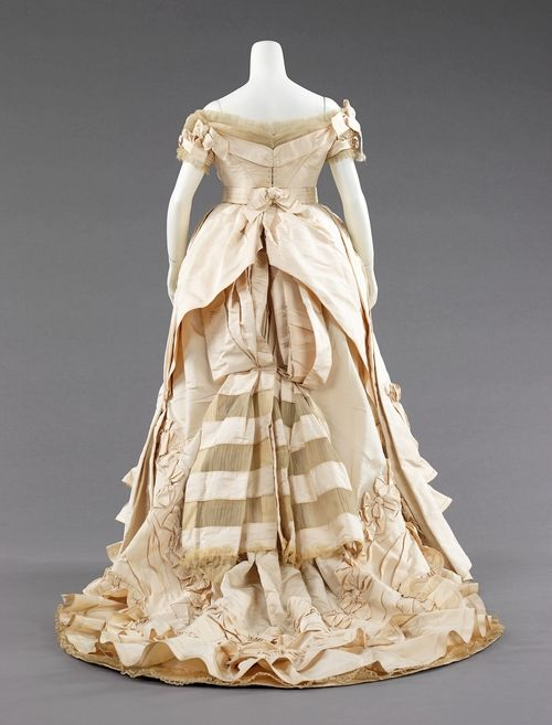Charles Frederick Worth (French (born England), Bourne 1825–1895 Paris)    Dress (Ball Gown)    ca. 1872