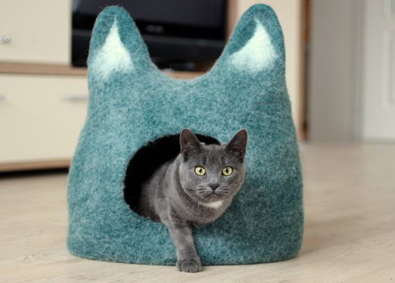 Cat bed - cat cave - cat house - eco-friendly handmade felted wool cat bed - emerald green with natural white - made to order