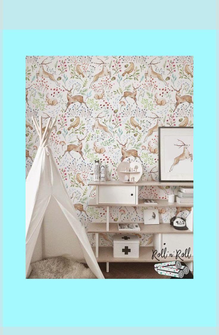 Niedliche Tapete Mit Hirschmuster Fur Ein Kleines Madchenzimmer Ideen Fur Kinderzimmer Kinder Zimmer Kinderzimmer Madchenzimmer