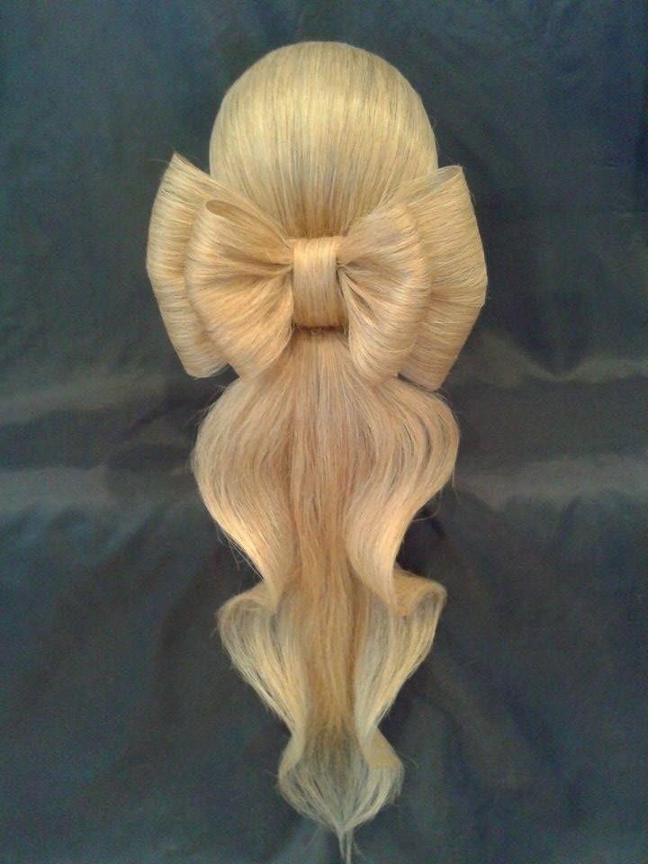 Hair bow and artistic ponytail by Olga Ivanitsa. Hair art! #hotonbeauty hotonbeauty.com #hairbow