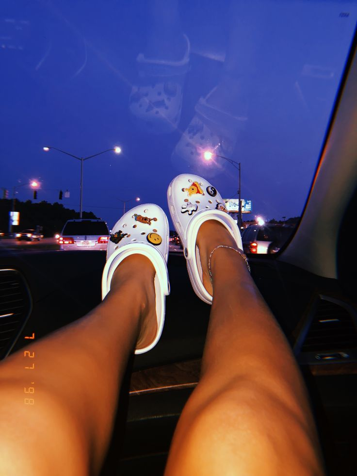Pin By Aliceann Bruce On Footwear Crocs Shoes Crocs Shoes