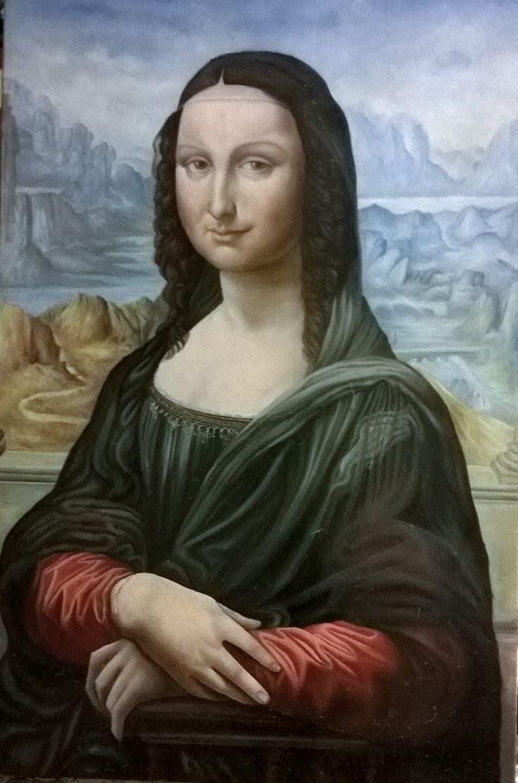 Grafite su foglio Fabriano liscio 24×33 Studio di un giovane viso con lentiggini La luce abbastanza diffusa proviene dall'alto al centro dell'immagine. L'idea era di rendere …